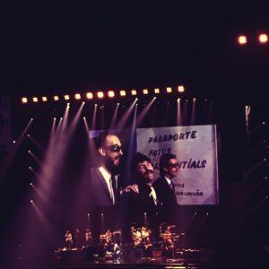 Phil Collins @ Paris (Follow Me Follow You)