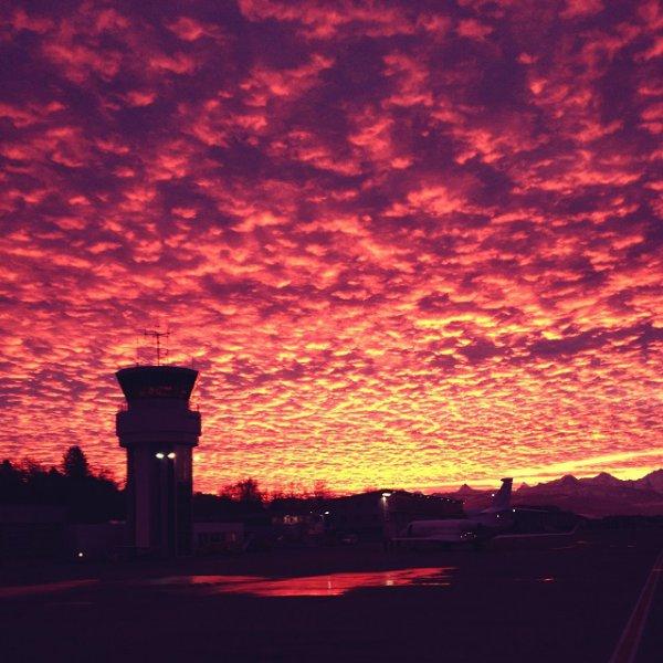 Sunrise @ Flughafen Bern BRN